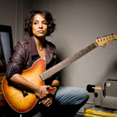 Vicci Martinez Picture
